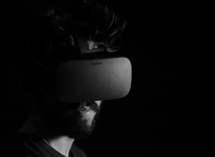 Virtual Reality Tools for Artists